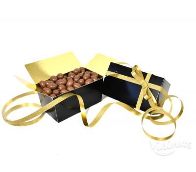 Подаръчна кутия със шоколадови ядки